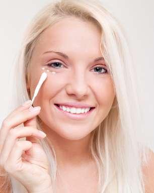 Área dos olhos deve ser tratada apenas com creme específico