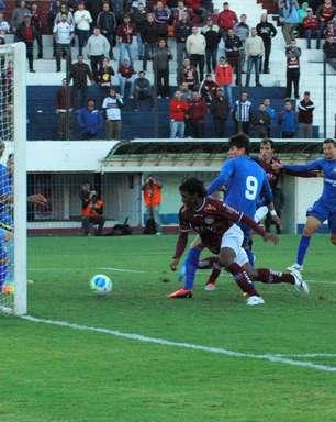 Com dois gols no 2º tempo, Caxias bate o São Caetano e sobe