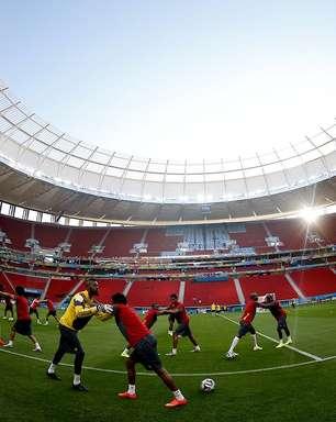 Camarões faz treino de reconhecimento de estádio em Brasília
