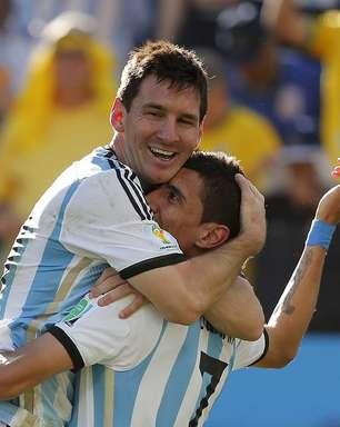 """Argentina deixa de ser """"mandante"""" e ouve até """"olé"""" em SP"""