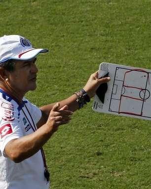 Sensação da Copa, Costa Rica anuncia saída de treinador