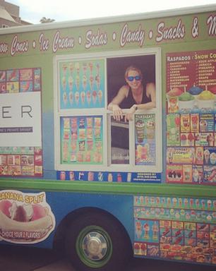 """App de carona leva """"carro de sorvete"""" a usuário no Rio"""