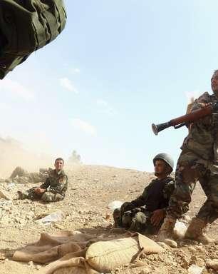 Atentados suicidas deixam 27 soldados sírios mortos