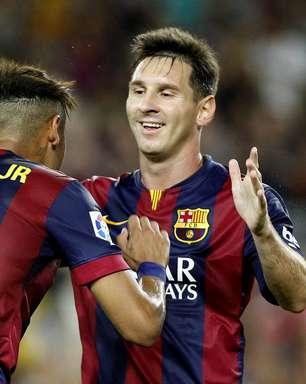 Messi e Neymar ofuscam estreia de Luis Suárez no Barcelona