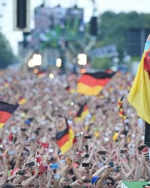 Schweinsteiger nega aposentadoria e fica na seleção até Euro