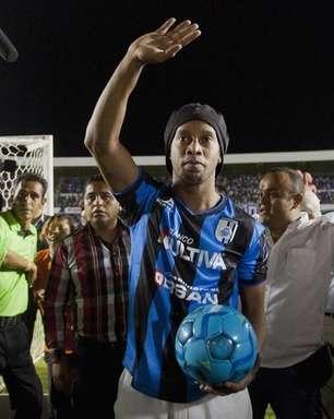 Comissão abre queixa por racismo contra Ronaldinho no México