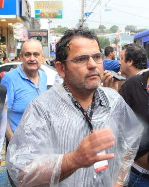 Fotógrafo é agredido em comício do PSDB e culpa seguranças