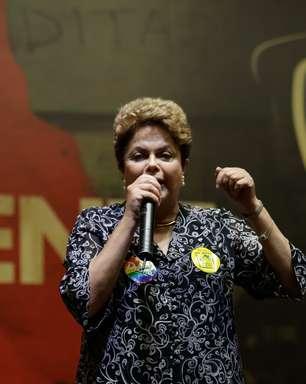Pela 1ª vez em SC, Dilma tenta conquistar eleitorado tucano
