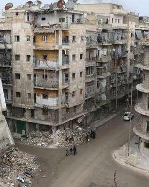 Rebeldes sírios mataram 300 civis, diz grupo ativista