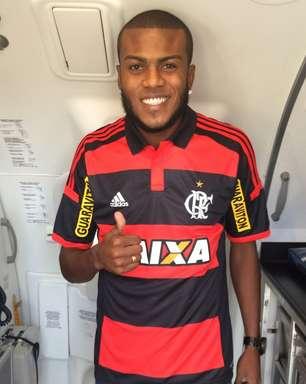 Flamengo anuncia Marcelo Cirino e já fala em títulos
