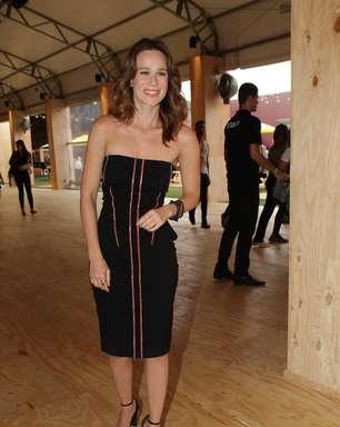 """Gosto do estilo sensual e elegante"", diz Mariana Ximenes"