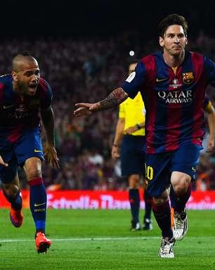 Messi faz gol de ET em Camp Nou dividido, e Barça é campeão