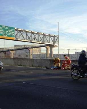 vc repórter: motociclista atropela cachorro e se fere em SP