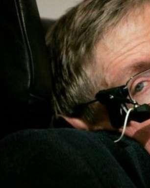 Hawking alerta sobre perigo de corrida por robôs matadores