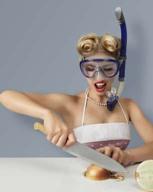 Não quer chorar ao cortar uma cebola? Use um ventilador!