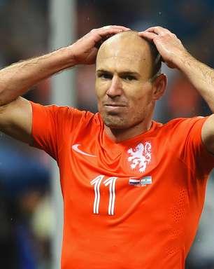 """Robben quer esquecer 2015: """"tem sido um ano de m... pra mim"""""""