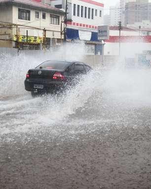 Chuvas deixam toda SP em estado de atenção para alagamentos