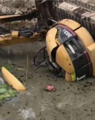 Australiano sobrevive por horas preso em açude com água até o nariz