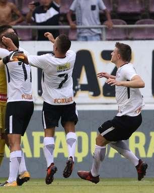 Corinthians sofre, mas vence Sport nos pênaltis e avança