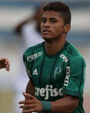 Palmeiras faz 7 a 0 no Taubaté e avança às oitavas