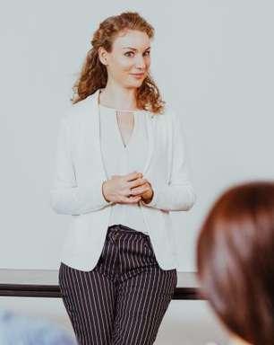 Como parecer mais confiante durante uma conversa?