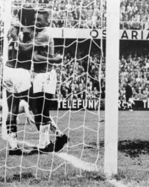 Trívia da Copa: em 3 títulos, Brasil foi algoz de país-sede