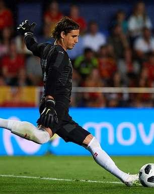 Goleiro da Suíça avisa: 'Contra grandes, sempre jogamos bem'