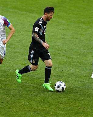 Messi perde pênalti e Argentina só empata com a Islândia