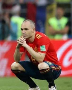Iniesta confirma adeus à seleção da Espanha após eliminação