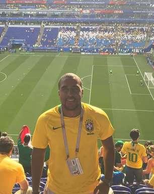 Escritor brasileiro é vítima de racismo em jogo do Brasil