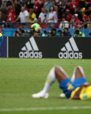 Brasil vai mal na defesa, perde para a Bélgica e é eliminado