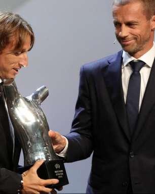 Modric vence CR7 e Salah e é eleito melhor jogador da Uefa