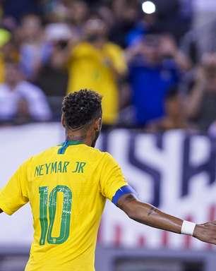 Seis brasileiros concorrem à vaga na 'seleção do mundo'