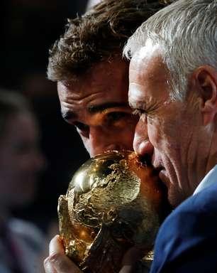 Deschamps comemora prêmio da Fifa e elogia Griezmann