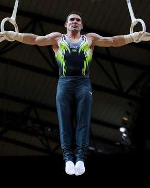 Arthur Zanetti conquista medalha de prata no Mundial