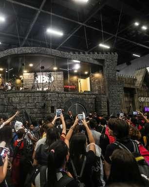 CCXP: fãs de 'Game of Thrones' se aglomeram para ver atores