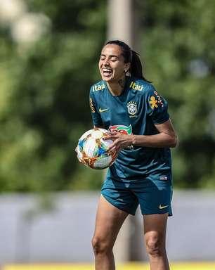 Andressa Alves relembra gol e prevê Copa mais difícil