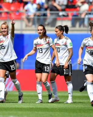Alemanha faz golaço e vence China na estreia