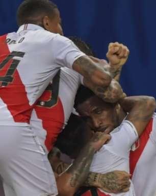 De virada e com gol de Guerrero, Peru vence a Bolívia