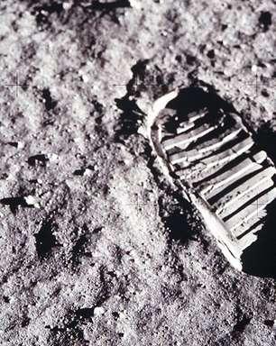 O que pensam os que não acreditam que o homem chegou (12 vezes) à Lua