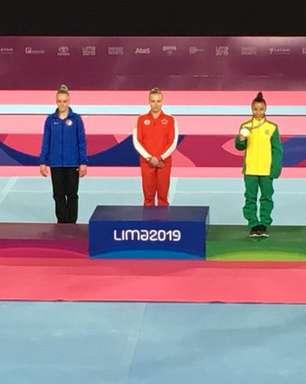Flávia Saraiva leva bronze no individual geral da ginástica artística