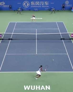 WTA Wuhan: Kvitova venceu Stephens (6-3 6-3)