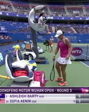 WTA Wuhan: Barty venceu Kenin (6-3 7-5)