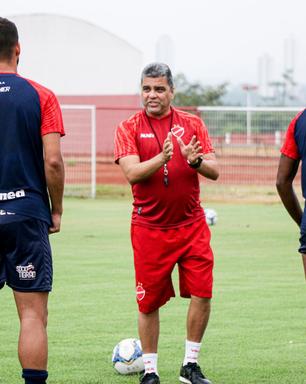 Vila Nova e Criciúma fazem duelo contra o rebaixamento da Série B