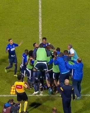 Avassalador, São Bento passa pelo Vila Nova em 'jogo de seis pontos' da Série B