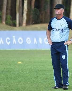 Em momento conturbado, Londrina recebe o Figueirense na terça-feira