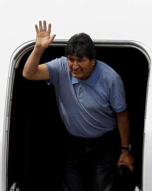 Evo chega no México e repete alegação de golpe na Bolívia