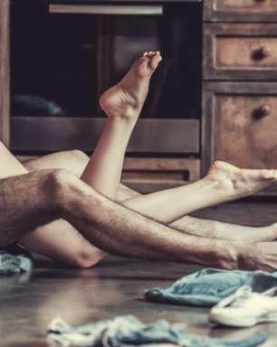 10 posições sexuais para estimular os mamilos
