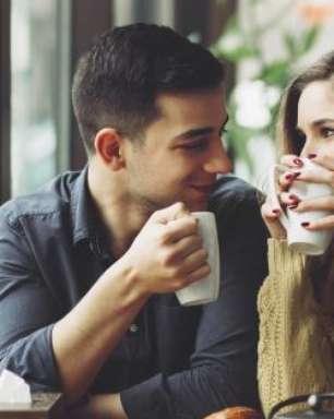 Maioria das brasileiras prefere homens românticos