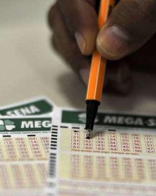 Mega-Sena acumula e pode pagar R$ 60 milhões na quarta-feira